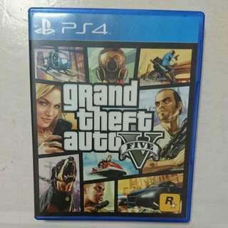 Grand Theft Auto V (PS4 Game)