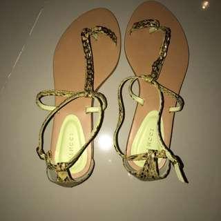 ‼️NEW‼️ Green Yellow Sandal (Vincci)