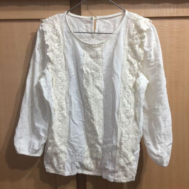 韓製 舒服刺繡上衣