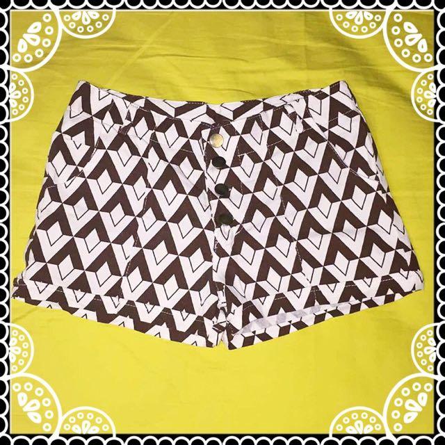 🌷 Geometric Shorts 🌷