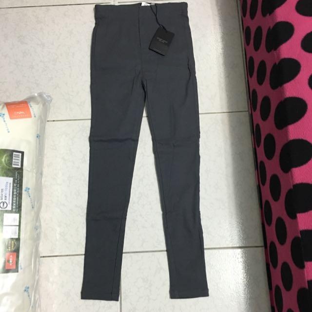 降價啦👇轉賣 Starmimi腰彈性灰窄管褲