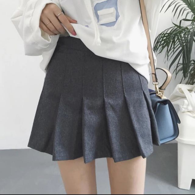 灰色高腰A字裙