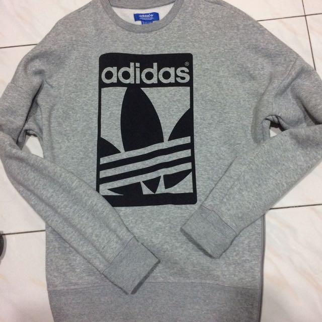 Adidas大學T