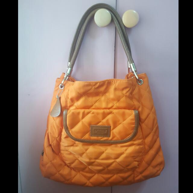 Arrow Quilted Cloth Bag (Authentic)
