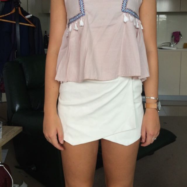 Bardot White Faux Leather Skort / Shorts Ladies 8