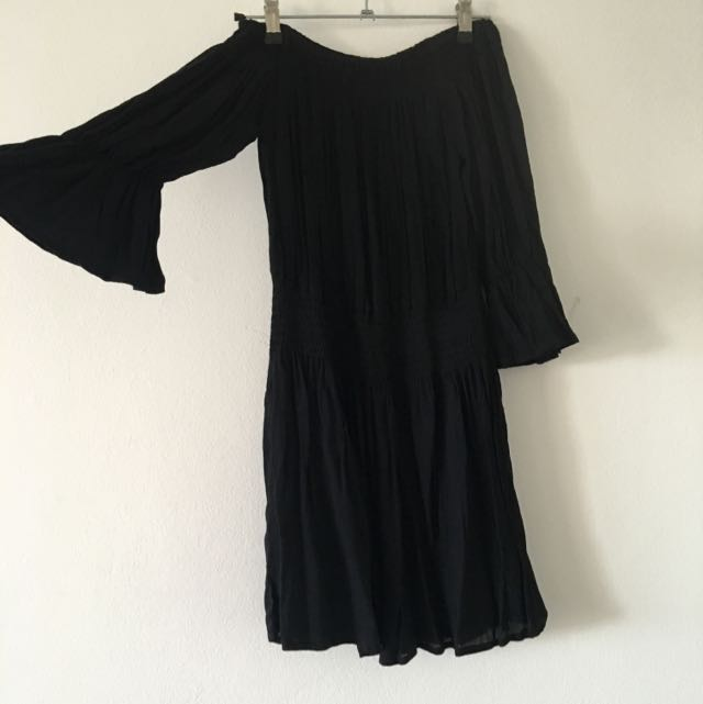 BNWT Street Heart Black Off The Shoulder Dress Size 10