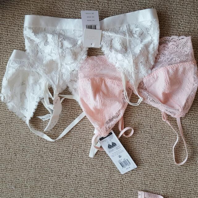 Bralette X3 Size Small And 10