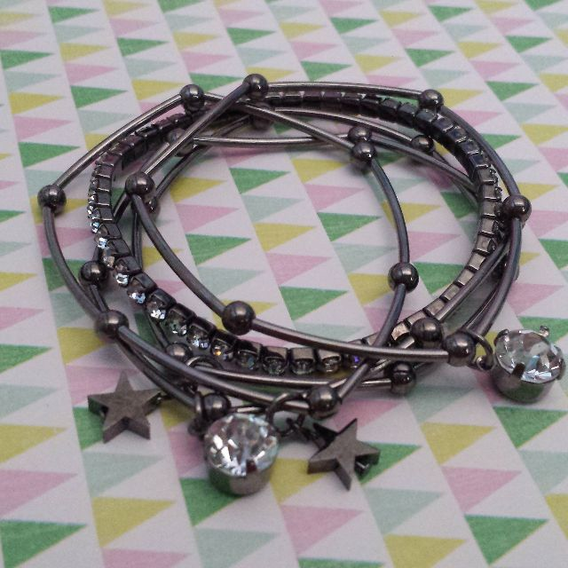 FREE: Chick Black Bracelet