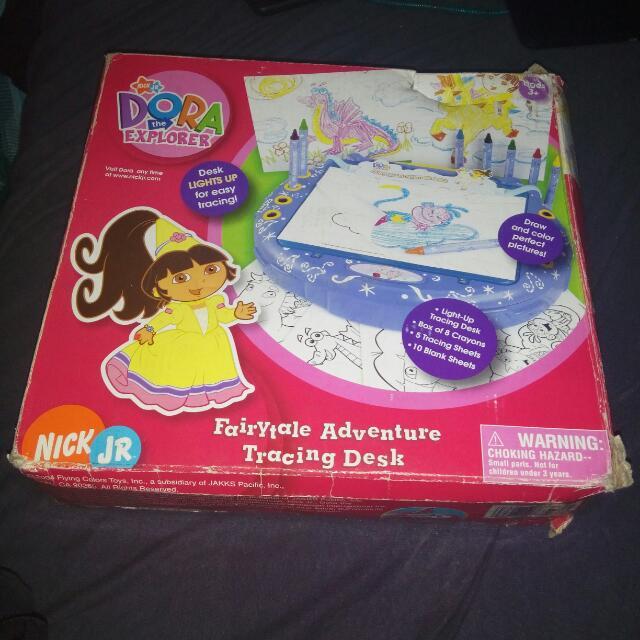 Dora The Explorer Fairy Adventure Lighted Tracing Desk