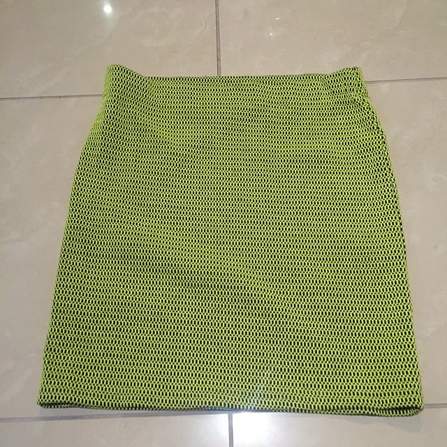 Dotti Black And Yellow Skirt