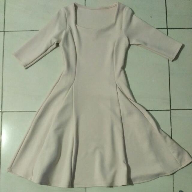 dress (aslinya warna peach)