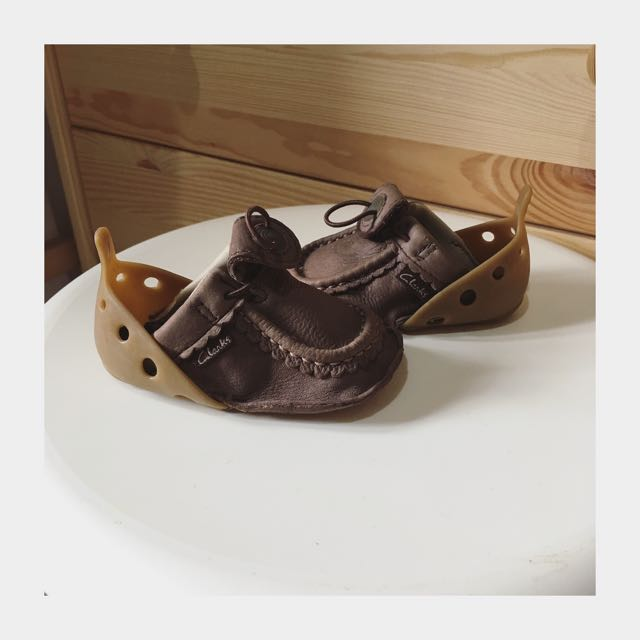 Like new. Clarks Baby size 3-6m.
