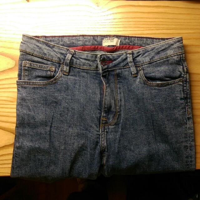 Pull&Bear:刷色牛仔褲