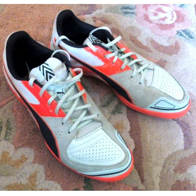 Puma UK7 futsal shoes 84b0b2bd9