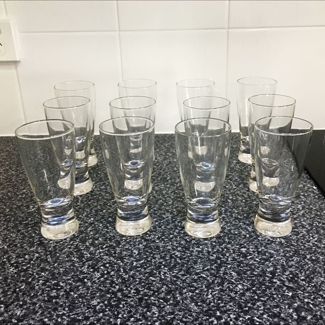 PRICE DROPPED- Set Of x12 Vintage Tumblers From The 70's