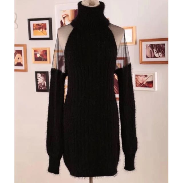 Sexy Black Sweater #sweaterweather