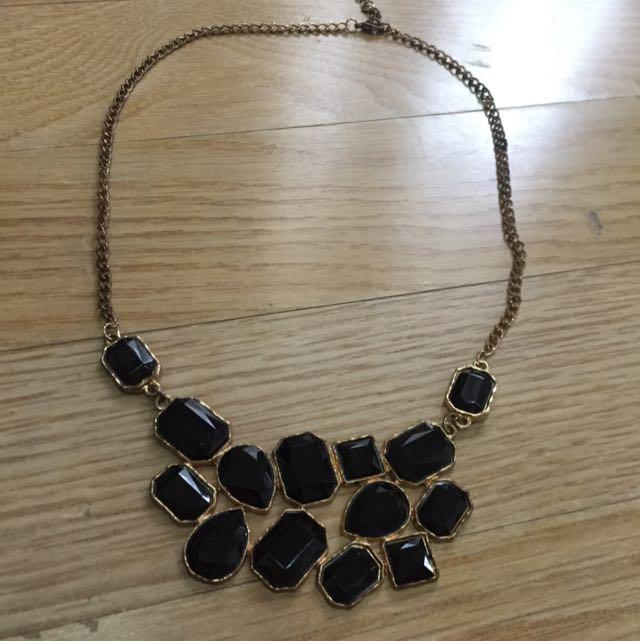 Statement Necklace Gold Black