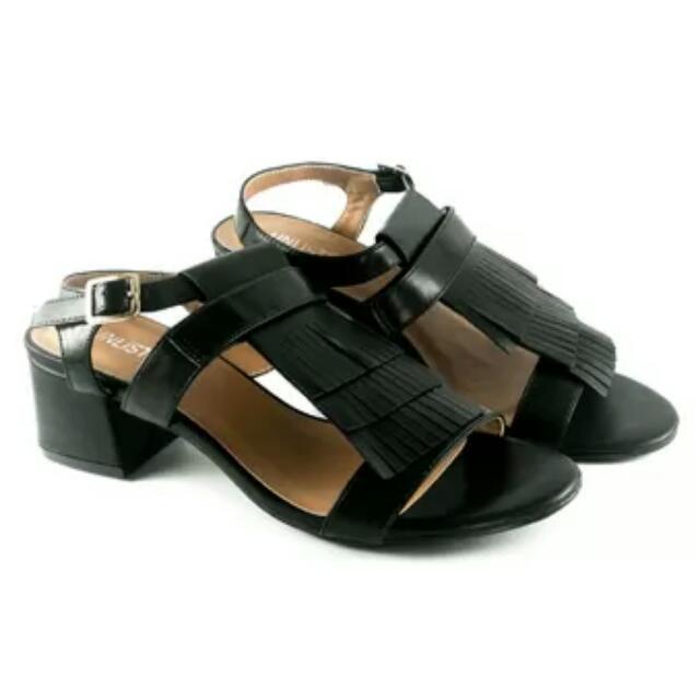 Unlisted Alyanna Wedge Sandals