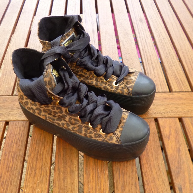 VANS of the Wall Black Animal Print High tops Wedge size UK 37 23.5 cm length NEW