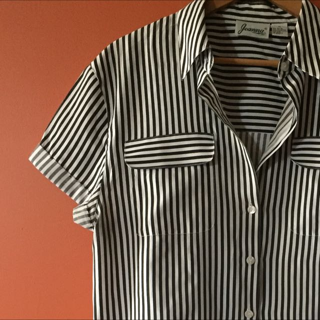 White & Black Stripe Shirt XL