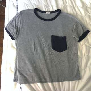 Brandy Melville t-shirt with pocket