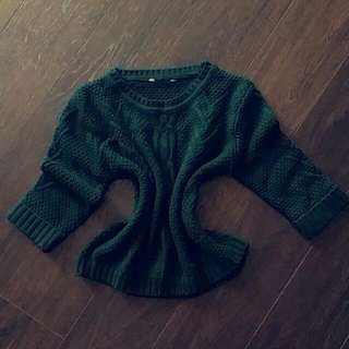 DEEP GREEN 3/4 SLEEVE SWEATER
