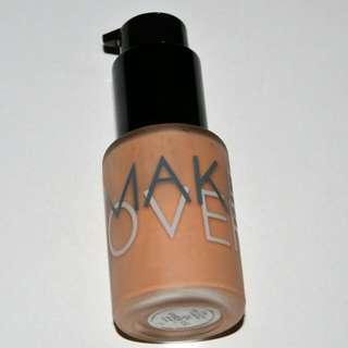 "Make Over Ultra Cover Liquid Matte Foundation 04 ""Amber Rose"""