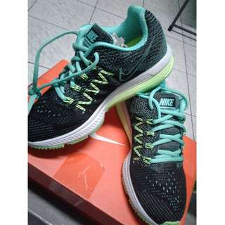 new style 34f34 e8ad9 Brand New Women s Nike Air Zoom Vomero 10 (US Size ...