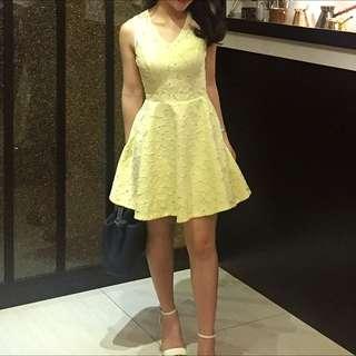Soft Yellow Petite Dress