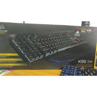 Keyboard corsair k95 rgb cherry mx red