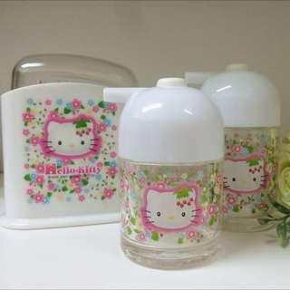 2001年日本製草莓Hello Kitty 按壓式調味瓶/調味罐/飯匙盒