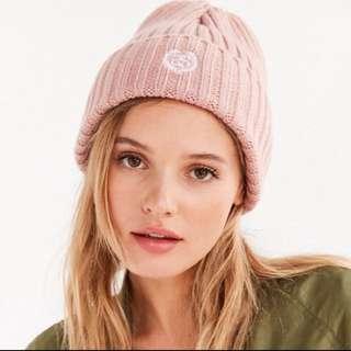 現貨 Stussy 粉紅毛帽 小logo