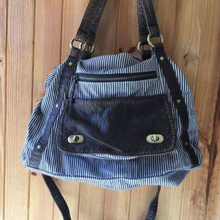 VALLEYGIRL Girl About Town Bag
