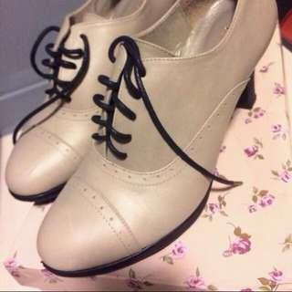 Daphne 達芙妮 牛津鞋 23cm