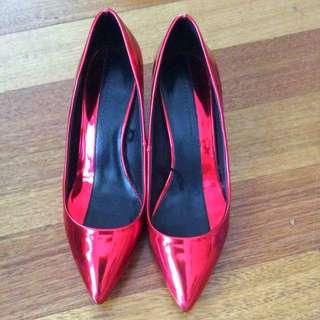 Zara Beautiful Shiny Red Heels