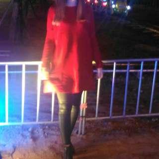 紅色寬鬆長版毛衣