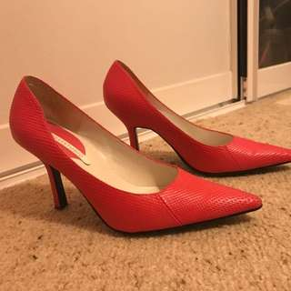 Hot Pink Nine West Leather Pumps