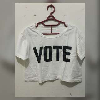 CROP TEE VOTE