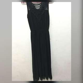 BLACT TILE DRESS