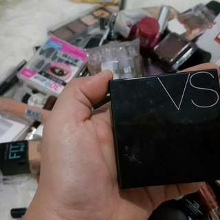 Victoria Secret - Pressed Mineral Powder