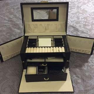 🚚 三層鱷魚紋珠寶盒飾品盒收納盒 結婚禮物