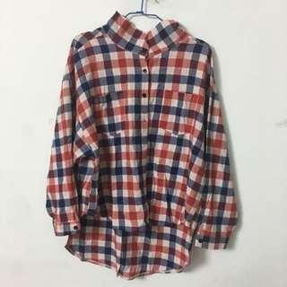 率性紅藍襯衫