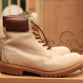 Timberland 6in Taupe Size 10 U.S