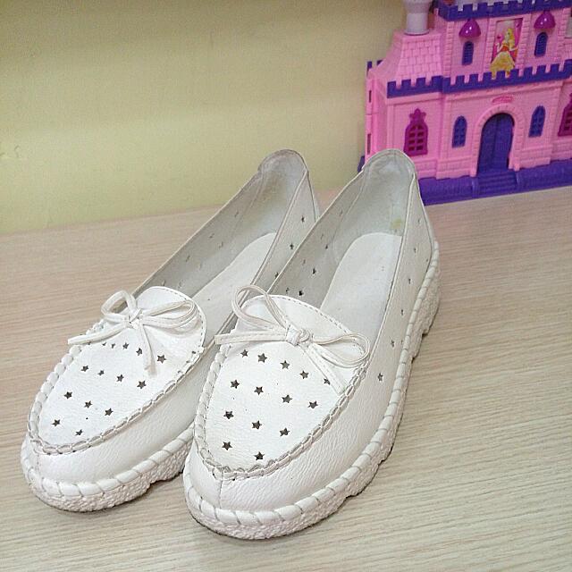小白鞋星星鏤空蝴蝶結鬆糕鞋厚底鞋