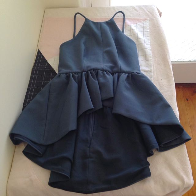 CAMEO Waterfall Top In Blue Size Small