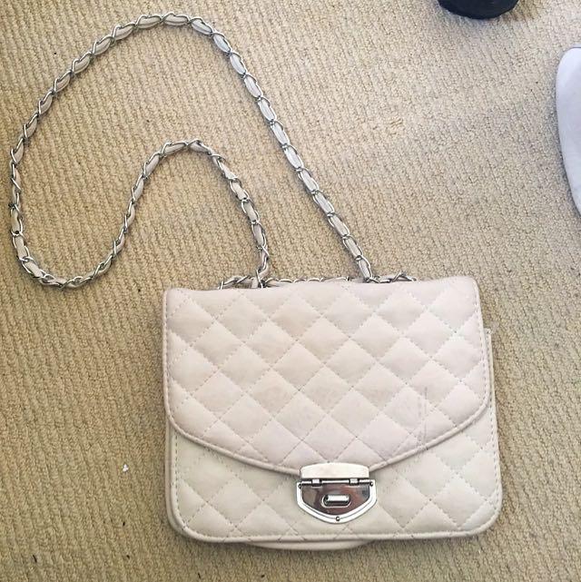 Colette Beige Shoulder Bag