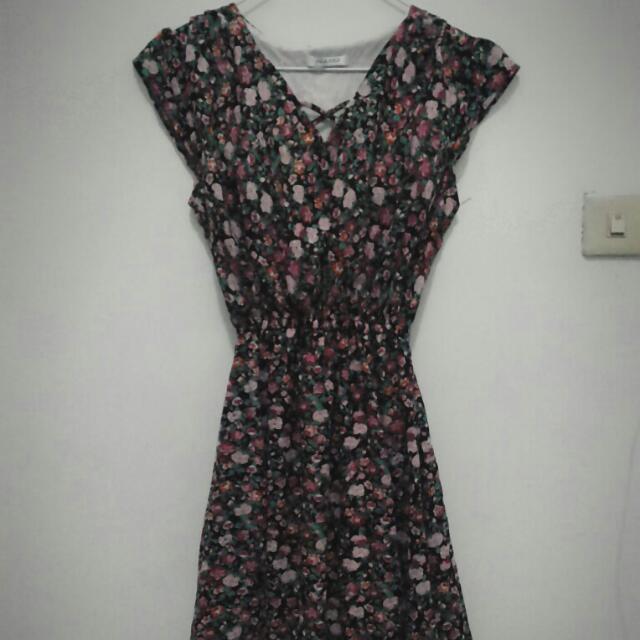 Dress Floral Hitam