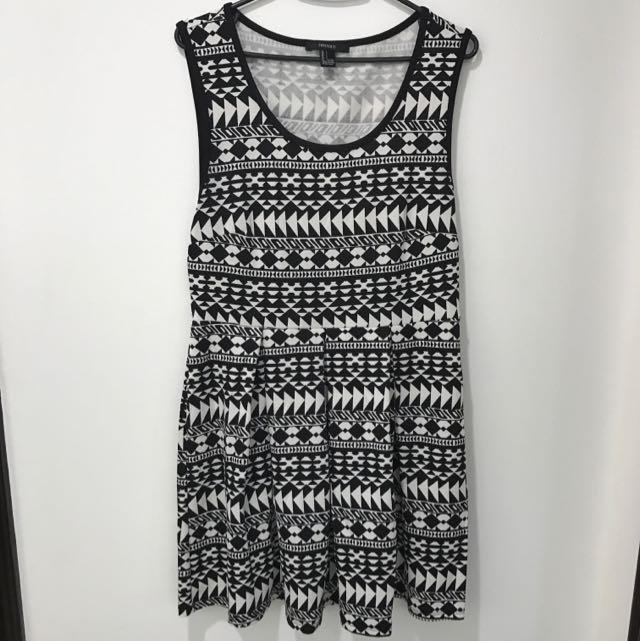 Forever21 B&W Tribal Dress
