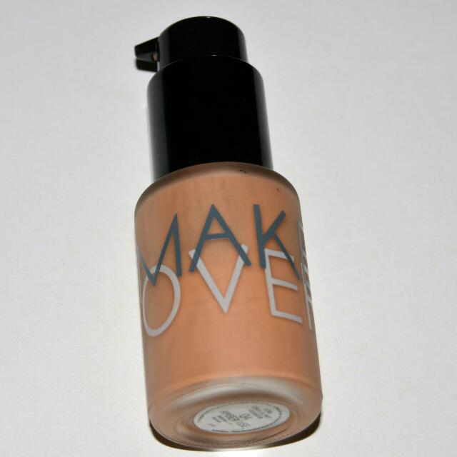 "Make Over Ultra Cover Liquid Matte Foundation 04 ""Amber Rose"""