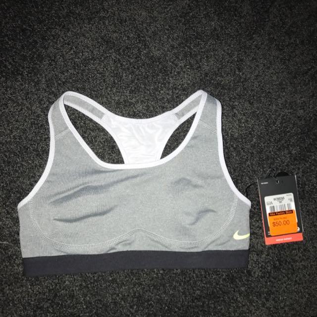 Nike Grey Sports Bra.